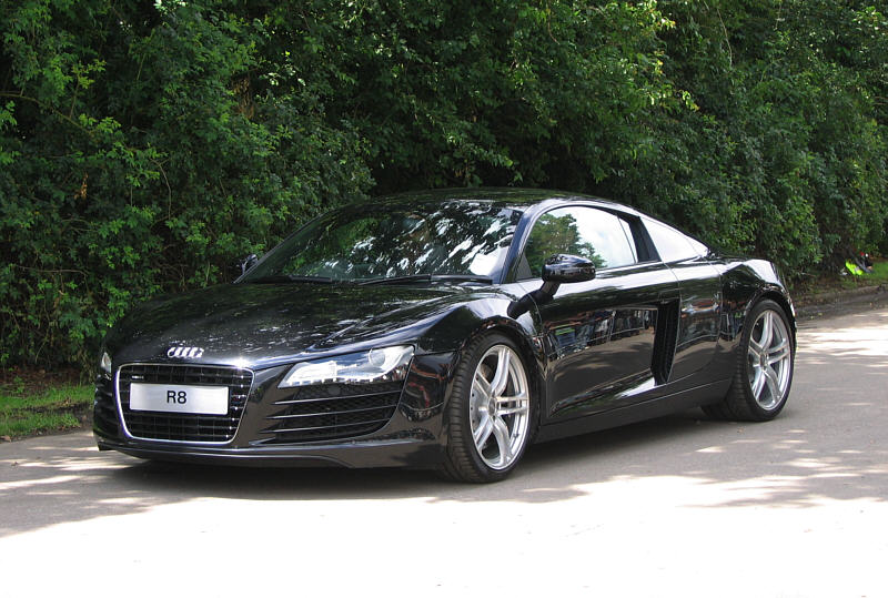 Audi R8 information on Supercar Worldcom