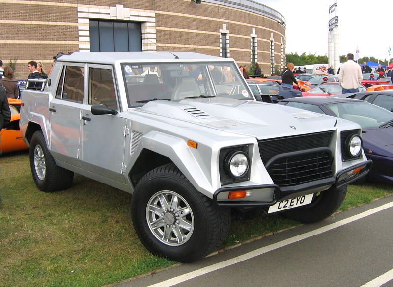 Lamborghini LM002 review, specs, stats, comparison, rivals, data ...