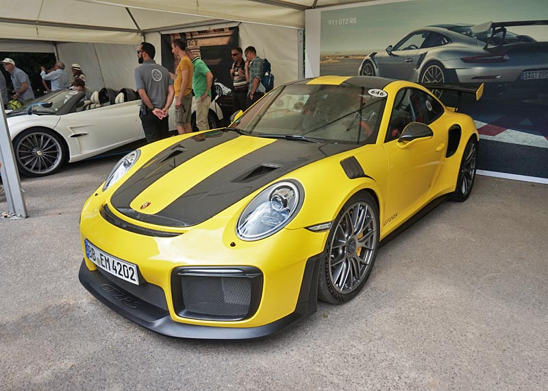 Porsche 911 Gt2 Rs 991 2 Review Specs Stats Comparison Rivals Data Details Photos And Information On Supercarworld Com