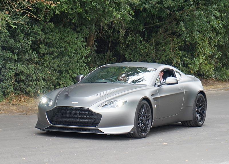 Aston Martin V12 Vantage V600 Review Specs Stats Comparison Rivals Data Details Photos And Information On Supercarworld Com